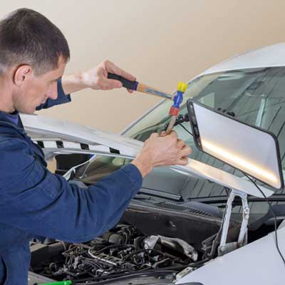 Swansea Mobile dent repair technician